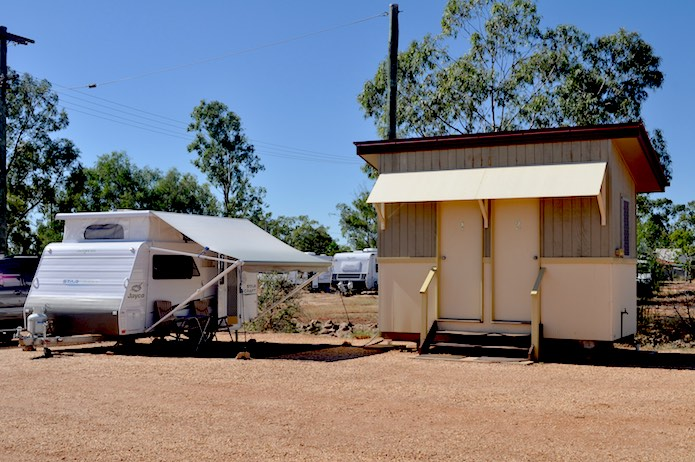 lightning ridge accommodation